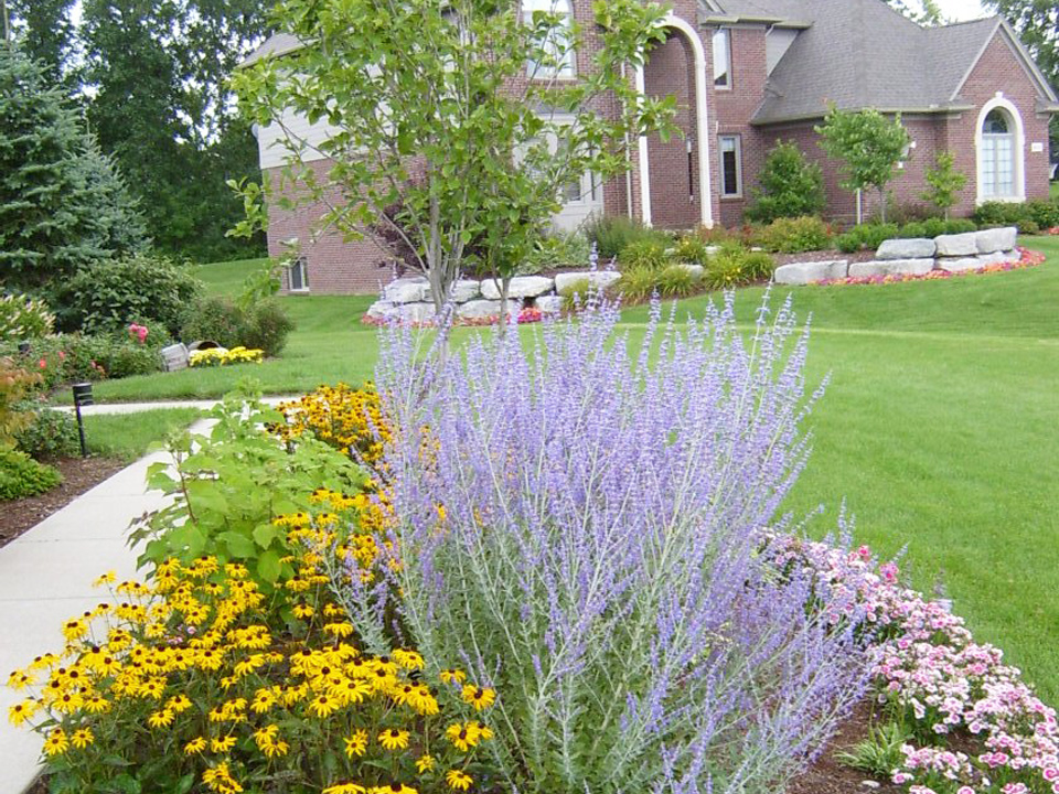 Mart: Landscaping Ideas For Michigan Info