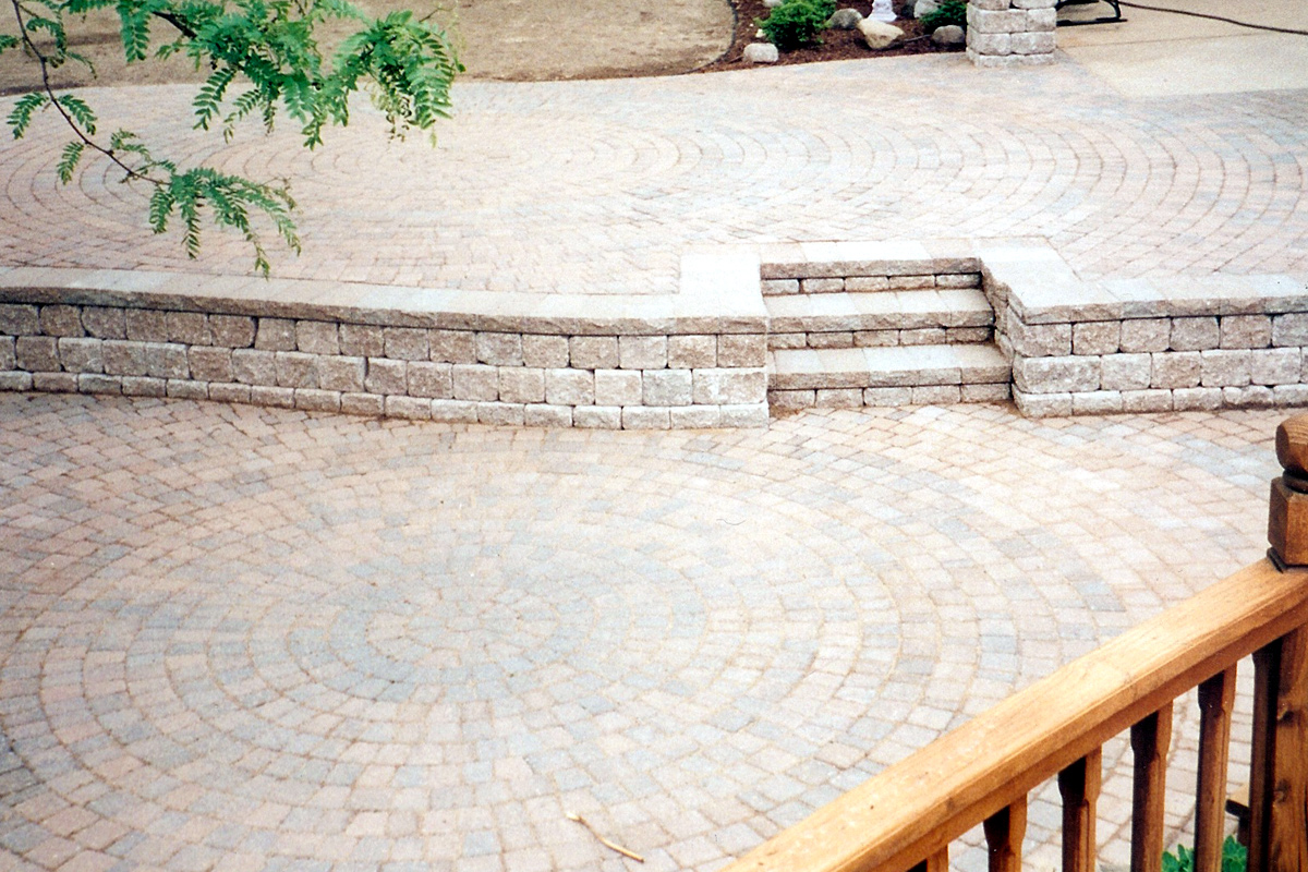 Patios & Walkways 6 Commerce Township