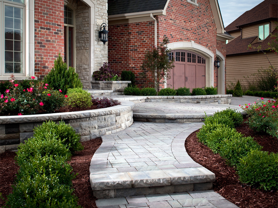 Landscaping ideas 14 Commerce Township