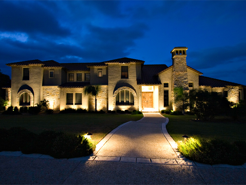 Low Voltage Landscape Lighting Systems : Low voltage outdoor landscape lighting systemsj s