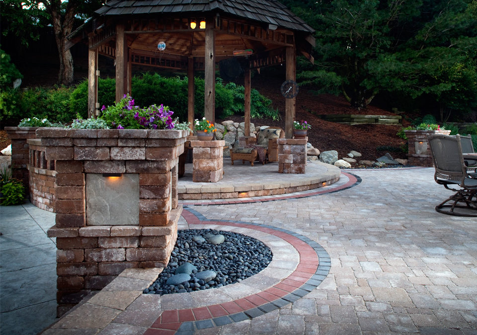 Creating Outdoor Ambiance